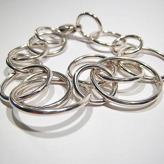"Jewellery by Helena Skolling: armband ""Cirklar"""